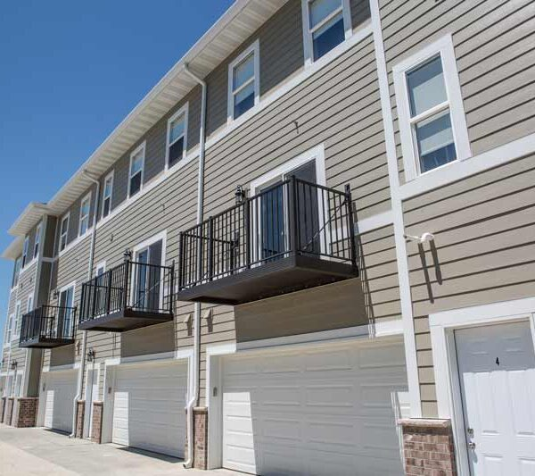 Pinnacle Villages - Apartments in Waverly, Iowa